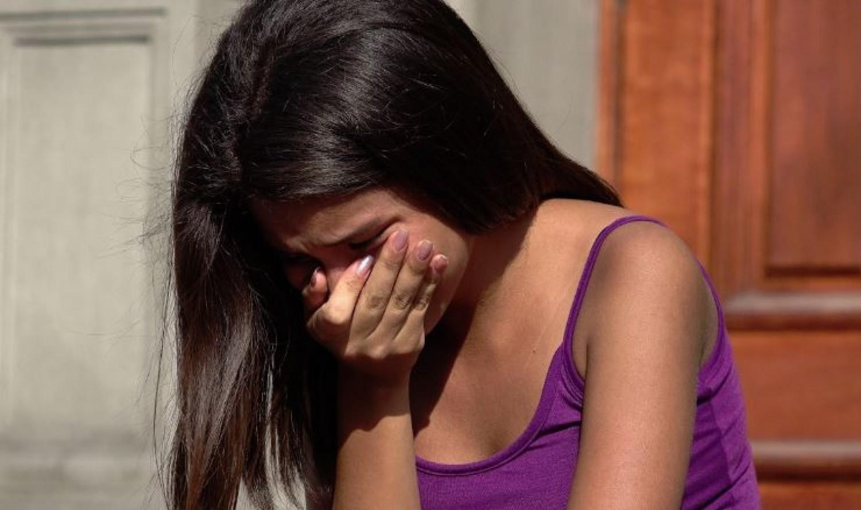 Amikor végiggondolta, mint tett vele a saját anyja, nem bírta ki sírás nélkül