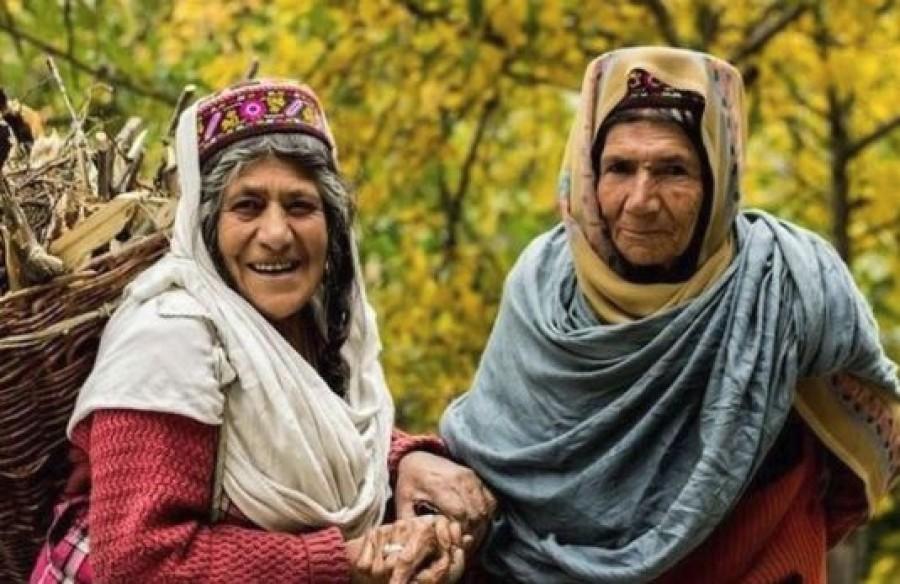 Ahol a nők 120 évig élnek és 65 évesen szülnek, a pedig rákot nem ismerik!