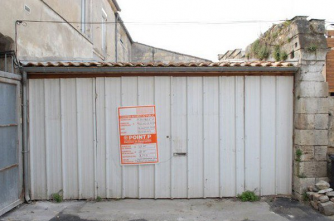 Nem volt pénze lakásra, csak egy garázst tudott veni… EZ LETT BELŐLE!