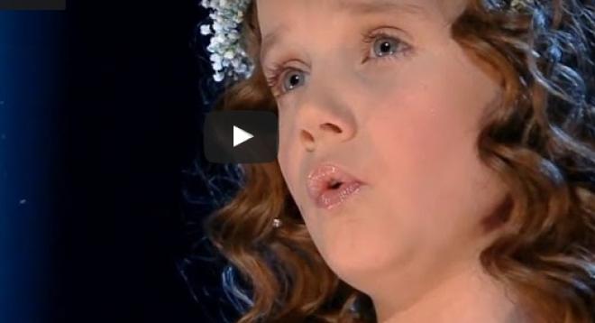 9 évesen így énekelni az Ave Maria-t!? Nincsenek rá szavak!