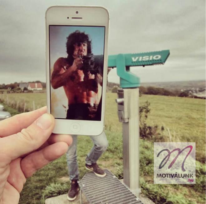 Vicces fotókat készít egy férfi filmes jeleneteket felhasználva!