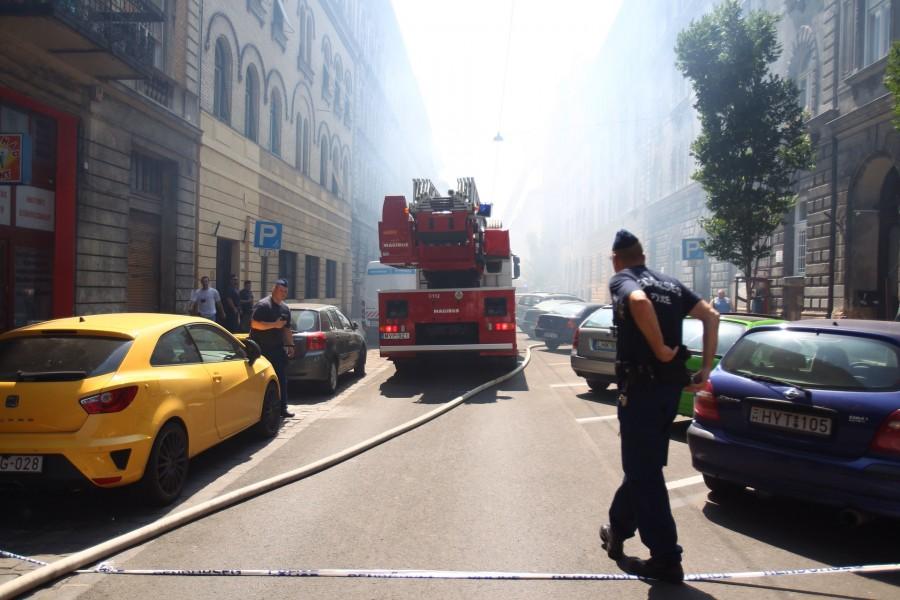 Budapest belvárosában tűz tombolt! Több sérült is van!