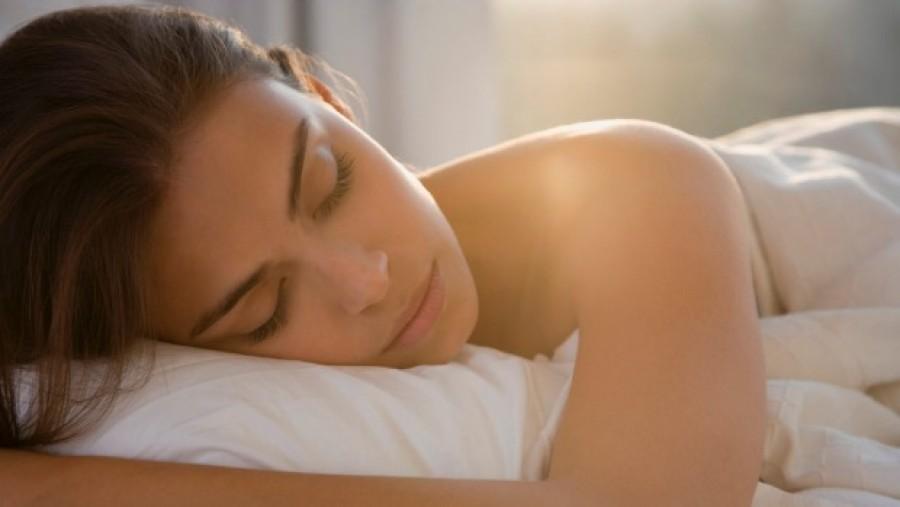 Ezért érdemes meztelenül aludni!