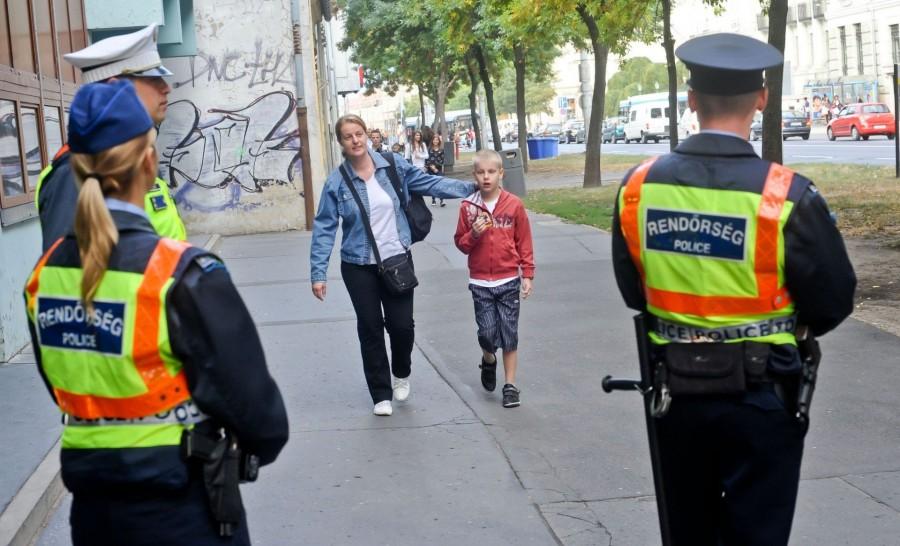 Tanácsok egy rendőrtől! Olvasd végig, hidd el, életeket menthet!