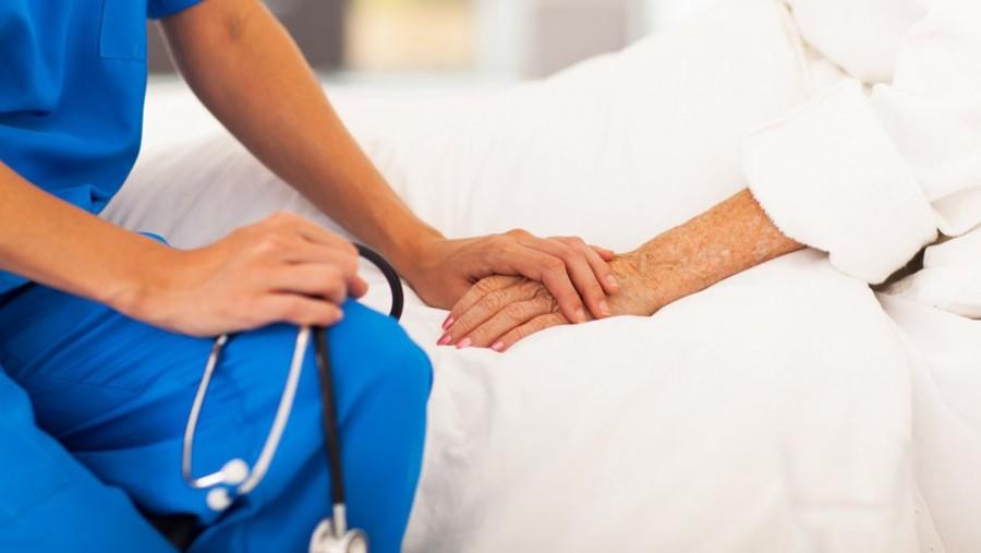 Nővérek meséltek arról, hogy miket kérnek a betegek haláluk előtt..
