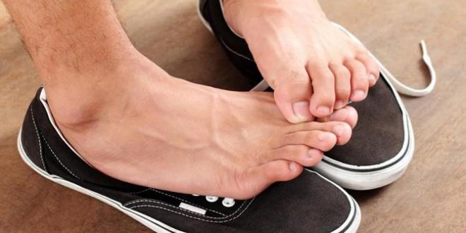 Megszűnik a lábizzadás és a kellemetlen lábszag! A megoldás ott van minden konyhában!
