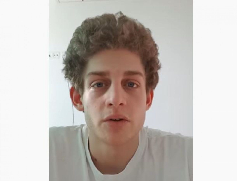 Videót rakott fel a Toldy gimnáziumba járó fiú, akinek az édesanyja és testvére is koronavírusos