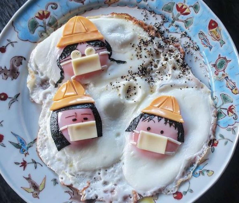 Amit látsz: tükörtojás sajttal - egy kreatív anyuka példát mutat, hogy lehet kedvet csinálni a legegyszerűbb ételekhez