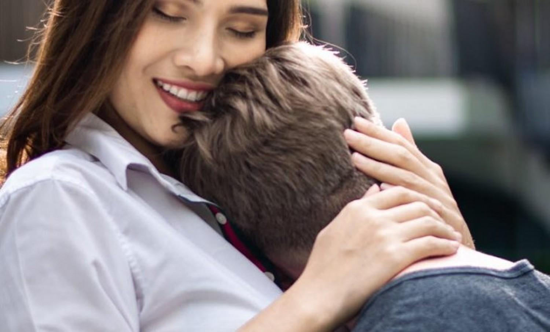 12 női tulajdonság, aminek egy férfi sem tud ellenállni