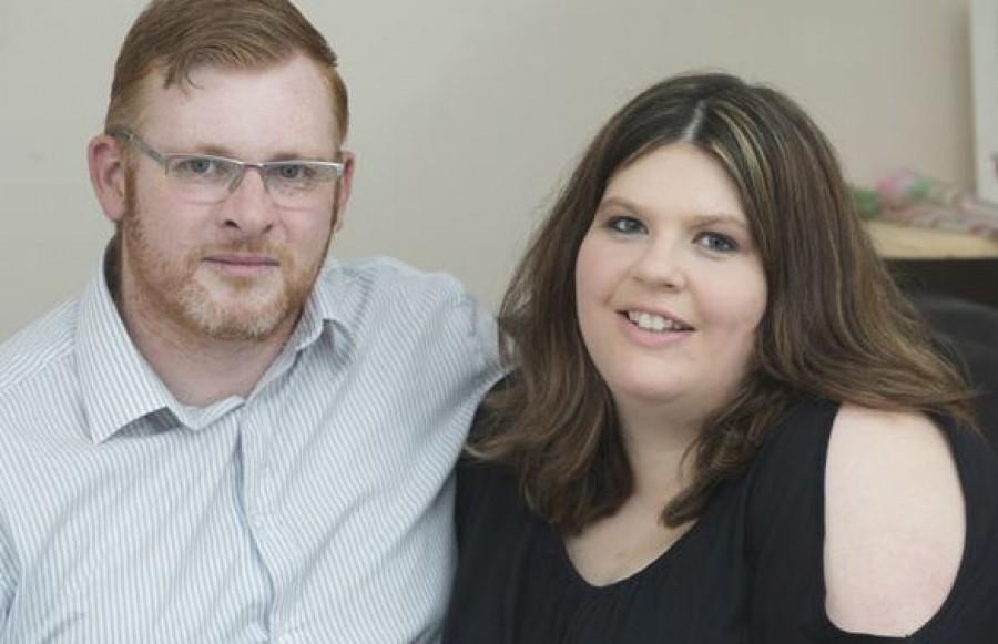 A nő ikreket szült, majd 2 hónap múlva szólt férjének, hogy újra gyereket vár. És akkor még nem sejtették a meglepetést...